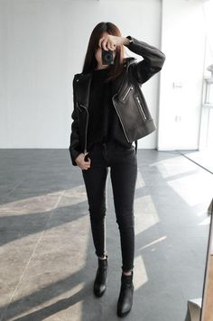 黑色Style也有很多风格,盘点最top的五款黑色穿着Style!
