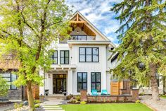 Modern Farmhouse by Trickle Creek Designer Homes