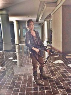 The Walking Dead Season 5 Behind the Scenes. Walking Dead Tv Show, Walking Dead Season, Dead Still, Walking Dead Characters, Daryl And Carol, Melissa Mcbride, Dead Inside, Daryl Dixon, Behind The Scenes