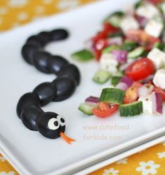 Cute Food For Kids?: Fun and Healthy Halloween Food Idea: Olive Snake