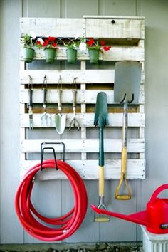 Pallet project ideas for dad to make - pallet garden tool holder