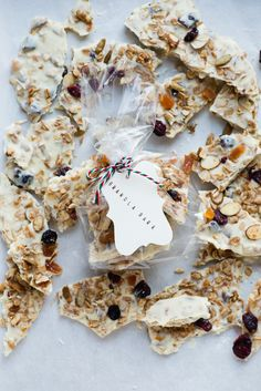 White Chocolate Granola Bark - makes a great gift for neighbors and friends, or to stash away in a tin to pull out when you need a little treat!