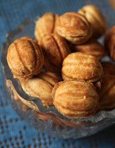 """Aet köögis: Tõeline nostalgia - kondenspiimatäidisega """"Kreeka pähklid"""""""