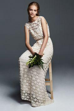 Robe de mariée Max Mara, collection bridal 2016 - Style for U Wedding Dressses, 2016 Wedding Dresses, Bridal Dresses, Wedding Gowns, Wedding Album, Bohemian Bride, Bohemian Wedding Dresses, Chic Wedding, Wedding Styles