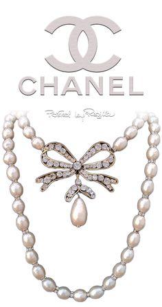 Regilla ⚜ Una Fiorentina in California. #Chanel #chic