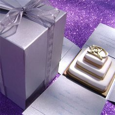 Ref Cake Boss Silver (we can do any colour) www.weddingcards.co.za