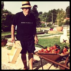 I nostri frutti grazie a Lino, un personaggio!!  Our tomatoes