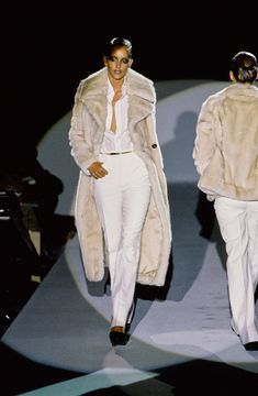 Gucci Fall 1996 Ready-to-Wear Fashion Show - Georgina Grenville