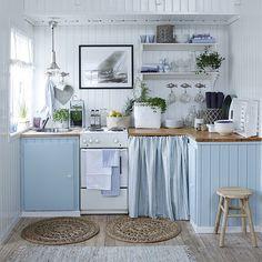 4 nydelig fargepaletter til hytta ved sjøen finner du på LADY Inspirasjonsblogg nå! Tips til ...