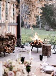 winter dinner party, planning a dinner party, winter entertainingYou can find Dinner parties and more on our website.winter dinner party, planning a dinner party, winter entertaining Schnee Party, Deco Nouvel An, Modern Patio Design, Contemporary Patio, Dinner Party Decorations, Dinner Party Table, Patio Party Ideas, Small Garden Party Ideas, Backyard Decorations