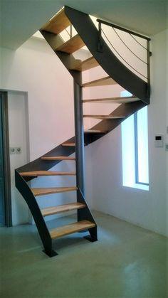 Escalier hélicoïdal métallique carré - Atelier des ...