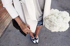 VivaLuxury - Fashion Blog by Annabelle Fleur: BASICALLY BLACK & WHITE - STUART WEITZMAN The Leman oxford | IRO Abril blazer | ILLESTEVA Boca mirrored sunglasses | CHANEL Boy flap bag in perforated leather | GABRIEL & CO bracelets & rings August 21, 2015