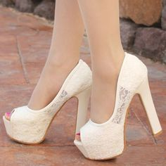 Elegant Classy Lace Spliced Solid Color Peep-toe High-heeled Shoes