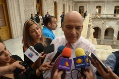 "'Faltan solamente 30 maestros para cubrir plazas vacantes"""