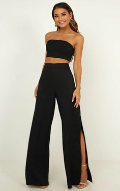 pantalon negro Im The One Two Piece Set In Black Produced By SHOWPO Source by hagenesdakota outfits Two Piece Outfits Pants, Two Piece Jumpsuit, Two Piece Dress, Two Piece Pants Set, Prom Outfits, Dressy Outfits, Night Outfits, Cute Outfits, Classy Going Out Outfits