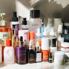 Pin by EM on skincare Lip Care, Face Care, Skin Routine, Normal Skin, Skin Food, Acne Skin, Shelfie, Makeup Goals, Luxury Beauty