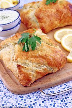 Salmon en Croûte with Lemon Dill Sauce