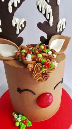 White Christmas Silhouette Cake by Pamela McCaffrey - Trend Christmas Cake 2019 Christmas Cake Decorations, Christmas Sweets, Holiday Cakes, Christmas Cooking, Holiday Treats, Christmas Music, White Christmas, Reindeer Christmas, Xmas Cakes