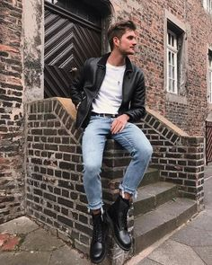 100 best casual shirts for men that look great – page 35 Dr Martens Outfit, Dr Martens Style, Mode Masculine, Masculine Style, Formal Men Outfit, Casual Outfits, Men's Outfits, Black Outfits, Spring Outfits