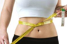 Köstliches Detox Wasser - reinigt Ihren Körper und verbrennt Fett