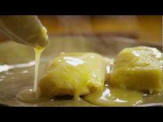 How to make chicken and dumplings in a slow cooker Crock Pot Soup, Crock Pot Slow Cooker, Slow Cooker Chicken, Slow Cooker Recipes, Crockpot, Cooking Recipes, Chinese Pork, Dumpling Recipe, Chicken And Dumplings