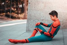 Boys Spiderman Costume, Spiderman Cosplay, Number Wallpaper, Superhero Suits, Snapchat Stories, Cute Guys, Boyfriends, Knight, Prince