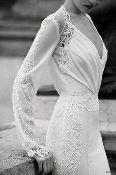 Lovely unique wedding dress  http://www.pinterest.com/JessicaMpins/