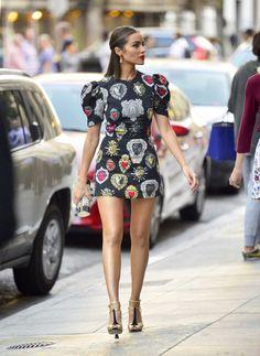 Olivia Culpo – New Black Dress Style in New York . Olivia Culpo – New Black Dress Style in New York. Got Celebrities Photos. Vogue Fashion, Cute Fashion, Fashion Looks, Fashion Outfits, Womens Fashion, Simplicity Fashion, Streetwear, Olivia Culpo, Thing 1