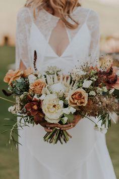 Safari Wedding, Diy Wedding, Dream Wedding, Wedding Ideas, Industrial Wedding, Vintage Industrial, Glamping Weddings, Nature Inspired Wedding, San Diego Zoo