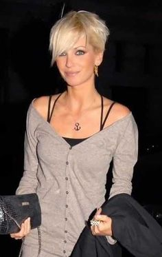 pixie with bangs haircut hairstyles for middle aged with hair 4663