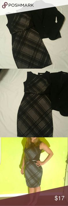 Classic Dress  - Size 8 Classic year round dress - Size 8 - New with tags - Sleeveless - Comes with belt - Looks super cute with Black Blazer and tights for the office. Dress Barn Dresses
