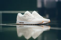Nike Air Max 1 Essential 'Phantom'