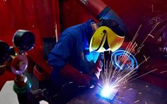 Manufacturers shrug off economic fears as export orders continue to flow