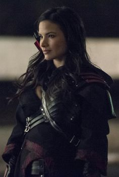 Arrow - Nyssa al Ghul. Good shot of her shirt and more of the leather work.