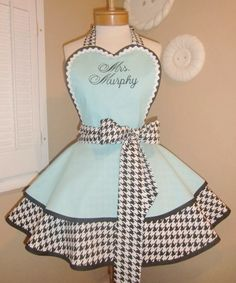 Discover thousands of images about Houndstooth Womans Retro Apron, Featuring Heart Shaped Bib.Custom Embroidery, Plus Size Available Vintage Apron Pattern, Retro Apron, Aprons Vintage, Vintage Sewing Patterns, Apron Patterns, Dress Patterns, Custom Embroidery, Vintage Embroidery, Embroidery Patterns