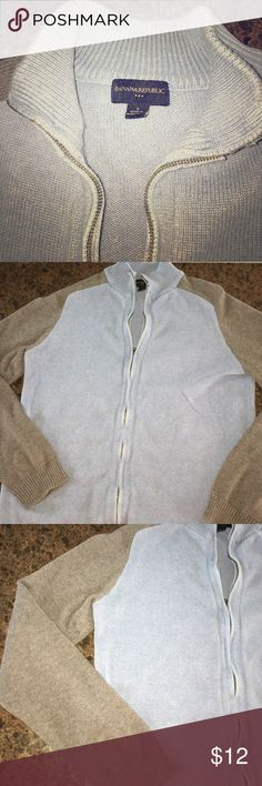 Men's Banana Republic full zip sweater Men's banana republic size small full zip sweater. Has flaws at the neck line of the zipper. I'm thinking it would only be noticeable if you were to wear it fully zipped. Shoulder to shoulder and 15 1/2 inches, sleeve length about 26 inches, full away 23 1/2 inches Banana Republic Sweaters Zip Up