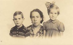 Henneke Godschalk (right) was sadly murdered in Sobibor on June 11, 1943 one month before her 8th birthday.