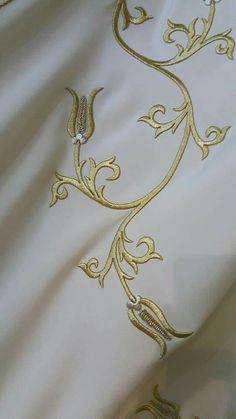 Maraş işi Machine Embroidery Patterns, Embroidery Stitches, Gold Embroidery, Gold Work, Embroidery Techniques, Sewing Crafts, Stencils, Antiques, Monogram