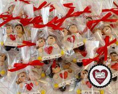 Lembrancinha de Casais em Biscuit. #biscuit #porcelanafria #partyfavors #lembrancinha