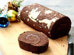 The Informal Chef: Baking Christmas Cake: Chocolate Swiss Roll 巧克力瑞士卷 Mini Tortillas, Chocolate Swiss Roll, Cake Chocolate, Yema Cake Recipe, Swiss Roll Cakes, Cake Roll Recipes, Asian Desserts, Christmas Chocolate, Christmas Baking