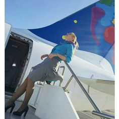 "958 Likes, 43 Comments - Stessonline (@stessonline) on Instagram: ""Life is better upside down. #sportsonboard #strongstess #inshape #stewardess #lolinjejob…"""