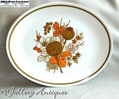 Earthenware, Stoneware, Etsy Vintage, Vintage Shops, Vintage Tableware, Charger Plates, Etsy Uk, Serving Platters, Green And Orange