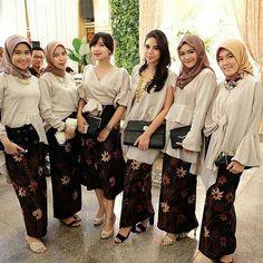Image may contain: 7 people Kebaya Lace, Kebaya Hijab, Batik Kebaya, Kebaya Dress, Kebaya Muslim, Batik Dress, Model Kebaya Modern, Kebaya Modern Dress, Muslim Wedding Dresses