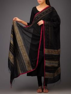 Black- Red Dotted Khadi Block Printed Cotton Dupatta by Jaypore Printed Kurti Designs, Churidar Designs, Kurta Designs Women, Pakistani Fashion Casual, Pakistani Dress Design, Anarkali Kurti Cotton, Banarasi Lehenga, Indian Designer Outfits, Indian Outfits