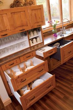 drawer-dishwashers-Kitchen-Traditional-with-beige-wall-dinnerware ...