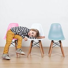 kids junior dsw mcm molded plastic side chair eiffel dowel leg wood.eames,esque