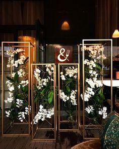...инсталляция для открытия The Royce #декор