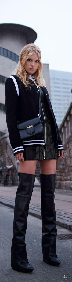 Pre-Fall 2017 Givenchy