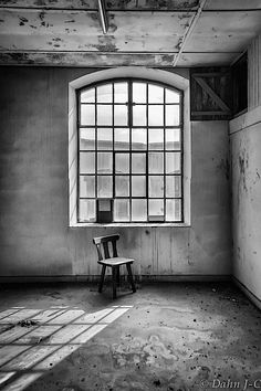 Forgotten Chair. by ZerberuZ.deviantart.com on @deviantART