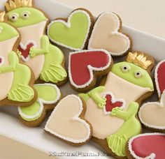 Frog princes and hearts... so cute